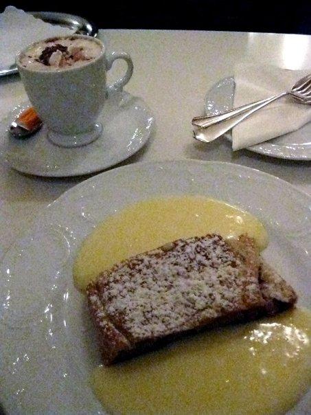 Austria-applestrudel